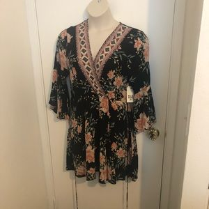 NWT DRESS BY BILLABONG SIZE LARGE